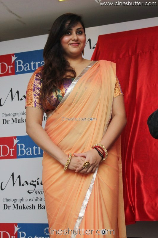 Namitha at drkesh batra 9th annual charity photo exhibition namitha at drkesh batra 9th annual charity photo exhibition photos 76 altavistaventures Image collections